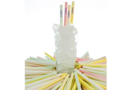 New straw's a draw