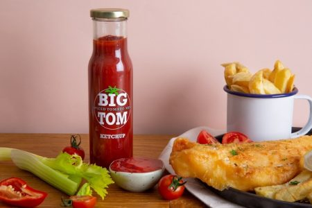 Big Tom gets Saucy