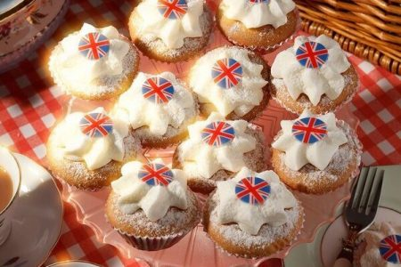 Fatherson Bakery supports NHS by launching Butterfly Vanilla Cakes