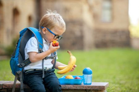 Children's packed lunches lack nutritional quality