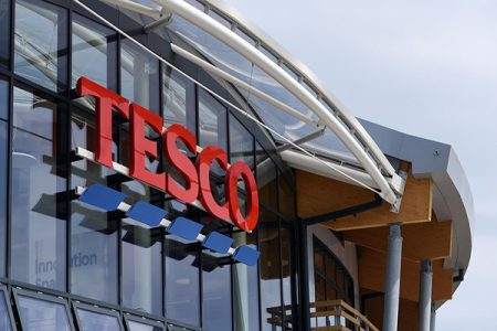 Tesco teams up with Carrefour
